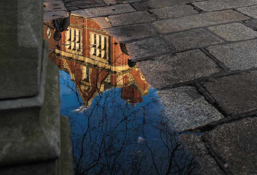 framing in photography reflections